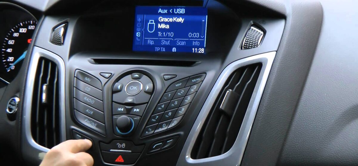 DAB radio: Is it going to be standard for new cars?